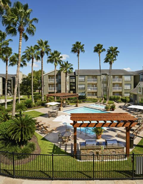 Resort-style Pool at Camden Copper Ridge Apartments in Corpus Christi, TX