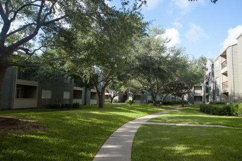 Lanscaped Grounds at Camden Copper Ridge Apartments in Corpus Christi, TX