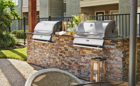 Outdoor Grills at Camden Copper Ridge Apartments in Corpus Christi, TX