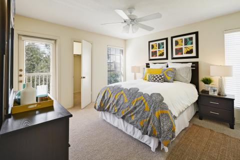 Bedroom at Camden Copper Ridge Apartments in Corpus Christi, TX