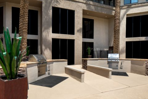 Outdoor Grills at Camden Copper Square Apartments in Phoenix, AZ