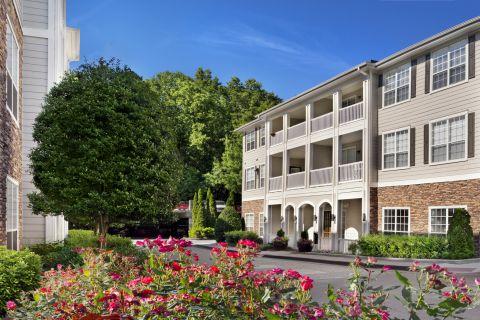 Leasing Office at Camden Creekstone Apartments in Atlanta, GA