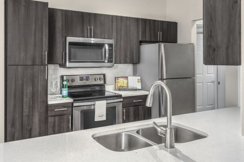 Kitchen at Camden Creekstone Apartments in Atlanta, GA