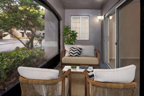 Patio at Camden Doral Villas Apartments in Doral, FL
