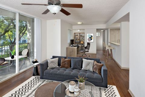 Home Office at Camden Doral Apartments in Doral, FL