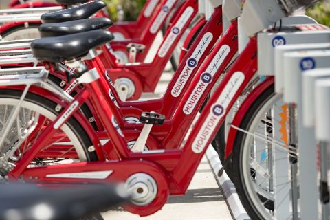 Bike Rentals near Camden Downtown Houston apartments in Houston, Texas