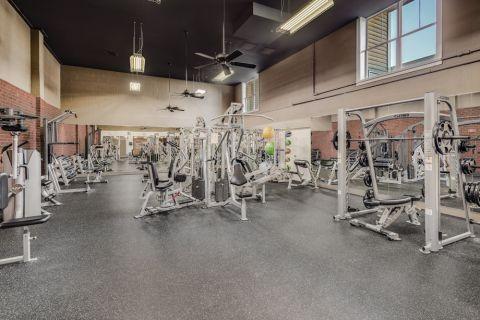Fitness Center at Camden Fair Lakes Apartments in Fairfax, VA