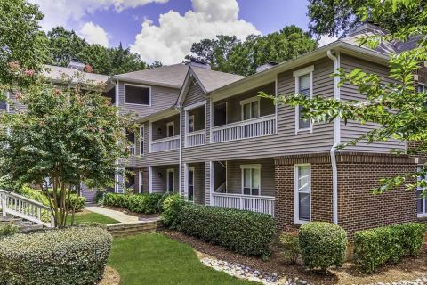 Exterior at Camden Fairview Apartments in Charlotte, NC