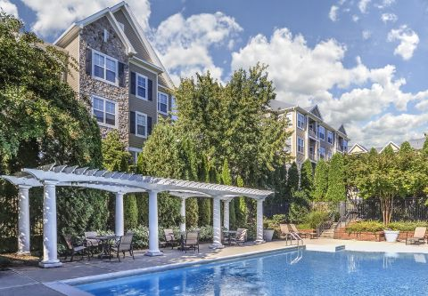 Swimming Pool at Camden Fallsgrove Apartments in Rockville, MD