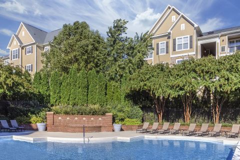 Swimming Pool with Fountains at Camden Fallsgrove Apartments in Rockville, MD