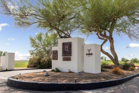 TPC and Toro Neighborhood Attractions near Camden Foothills Apartments in Scottsdale, AZ