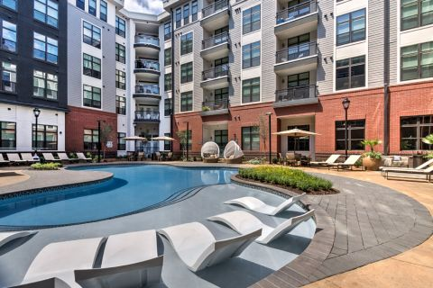 Swimming pool at Camden Gallery Apartments in Charlotte, NC