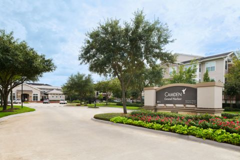 Exterior Sign at Camden Grand Harbor Apartments in Katy, TX