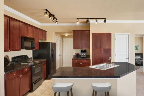Spacious kitchen with large island at Camden Grand Harbor Apartments in Katy, TX