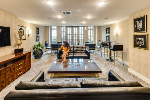 Resident Lounge with Wide Screen TV at Camden Grand Parc Apartments in Washington, DC