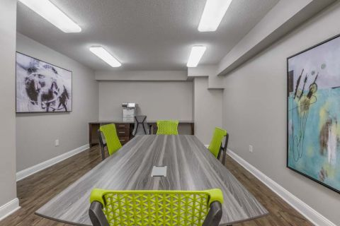 Community Workspace at Camden Grandview Apartments in Charlotte, NC