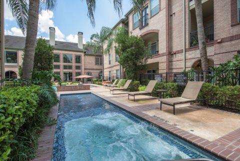 Lap Pool at Camden Greenway Apartments in Houston, TX