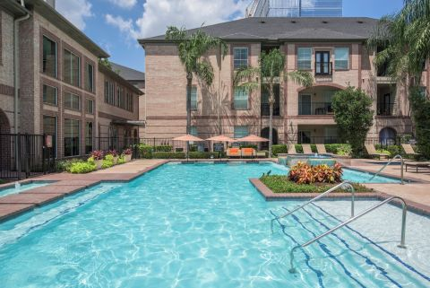 Pool at Camden Greenway Apartments in Houston, TX