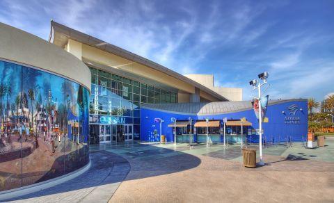 View of Aquarium Pacific at Camden Harbor View Apartments in Long Beach, CA