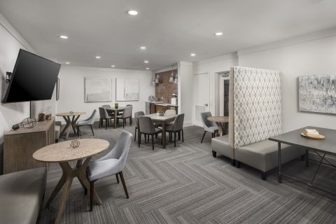 Community Workspace at Camden Henderson Apartments in Dallas, TX