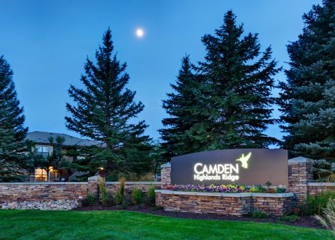 Monument Sign at Camden Highlands Ridge Apartments in Highlands Ranch, CO