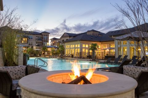 Fire Pit and Pool at Camden La Frontera Apartments in Round Rock, TX
