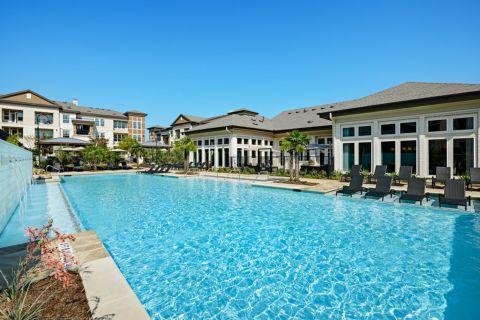 Pool at Camden La Frontera Apartments in Round Rock, TX