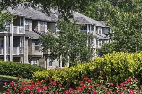 Lush Landscaping at Camden Lake Pine Apartments in Apex, NC