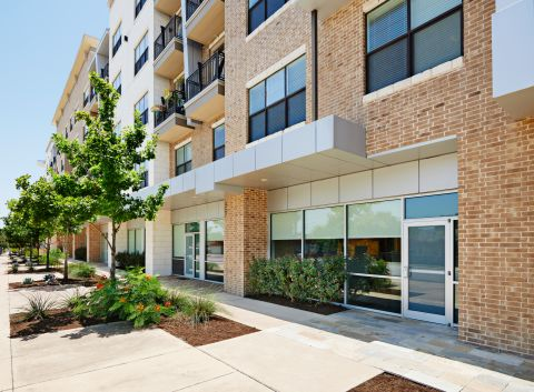 Exterior View of Live Work Space at Camden Lamar Heights Apartments in Austin, TX