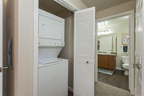 Washer and Dryer at Camden Landmark Apartments in Ontario, CA