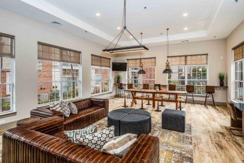 Resident Lounge at Camden Lansdowne Apartments in Lansdowne, VA