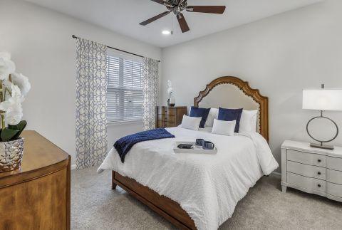 Bedroom at Camden Lansdowne Apartments in Lansdowne, VA