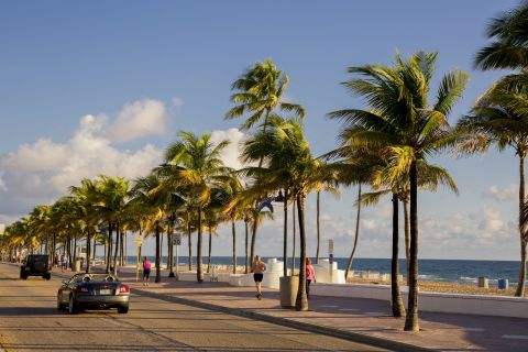 A1A at Camden Las Olas Apartments in Fort Lauderdale, FL
