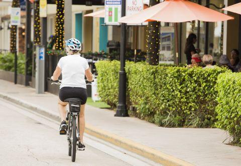 Bike Friendly Neighborhood at Camden Las Olas Apartments in Fort Lauderdale, FL