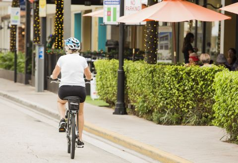 Bike Friendly Neighborhood at Camden Las Olas Apartments in Fort Lauderdale, FL