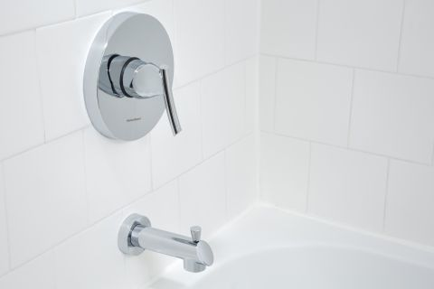 Bathroom Fixtures at Camden Las Olas Apartments in Fort Lauderdale, FL