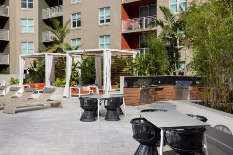 New Cabanas at Camden Las Olas Apartments in Fort Lauderdale, FL