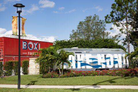 Neighborhood Near Camden LaVina Apartments in Orlando, FL