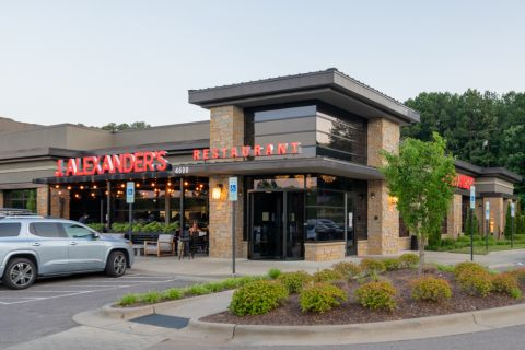Nearby dining at Camden Manor Park Apartments in Raleigh, NC