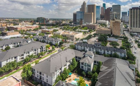 Live Minutes from Downtown Houston at Camden Midtown Houston Apartments in Houston, TX
