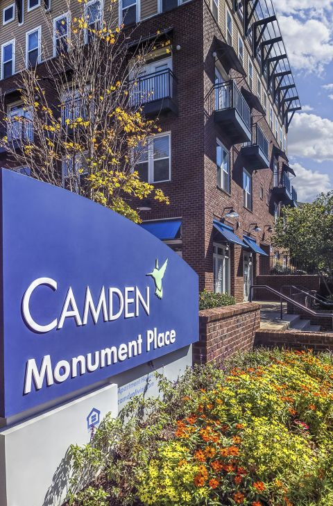 Entrance Street View at Camden Monument Place Apartments in Fairfax, VA