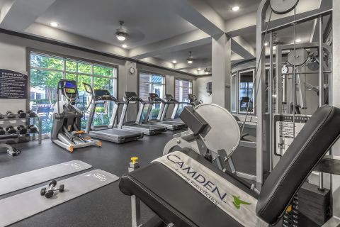 Fitness Center at Camden Monument Place Apartments in Fairfax, VA