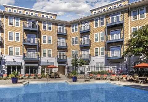 Pool at Camden Monument Place Apartments in Fairfax, VA