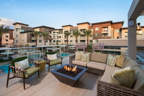Rooftop Lounge with BBQ at Camden North End Apartments in Phoenix, AZ