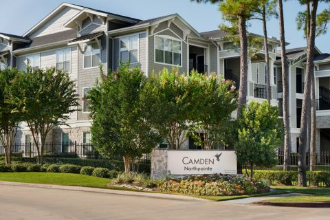 Exterior Signage at Camden Northpointe Apartments in Tomball, Texas