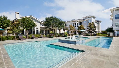 Swimming Pool at Camden Northpointe Apartments in Tomball, Texas