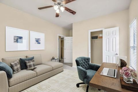 Flex space at Camden Overlook Apartments in Raleigh, NC