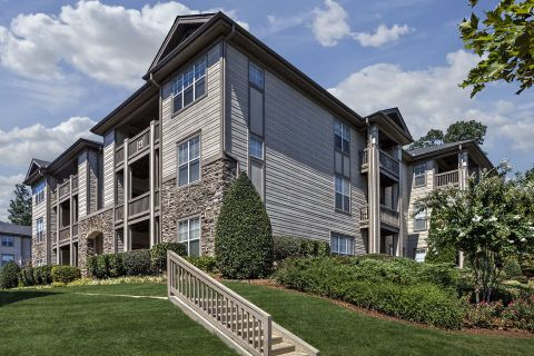 Townhomes at Camden Overlook Apartments in Raleigh, NC
