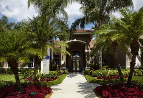 Welcome Center at Camden Plantation Apartments in Plantation, FL