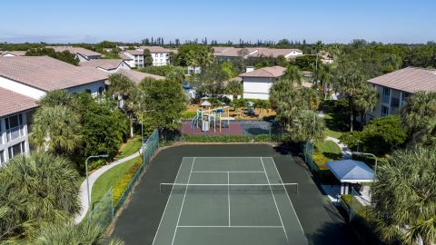 Tennis Courts at Camden Portofino Apartments in Pembroke Pines, FL
